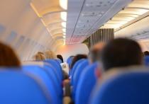 Эксперты оценили риск заразиться коронавирусом в самолете: «Как удар молнии»