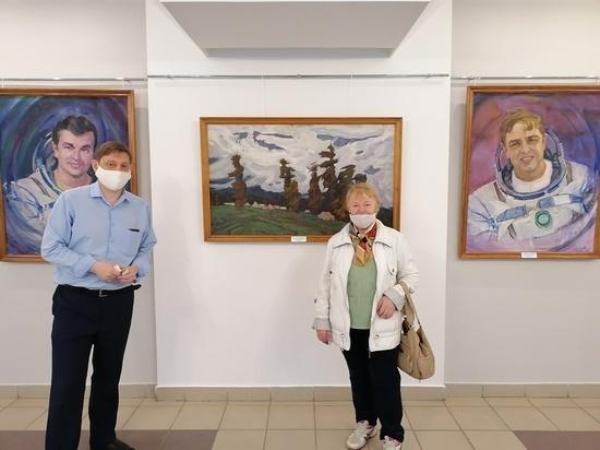 В Чебоксарах продолжает свою работу выставка к 110-летнему юбилею Акцыновых