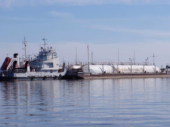 Труднодоступные поселения Ямала полностью обеспечили топливом к зиме