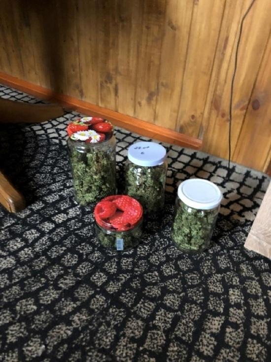 Житель Тверской области прятал наркотики в банках