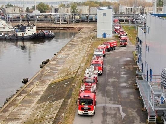 На Петербургском нефтяном терминале потушили условный пожар