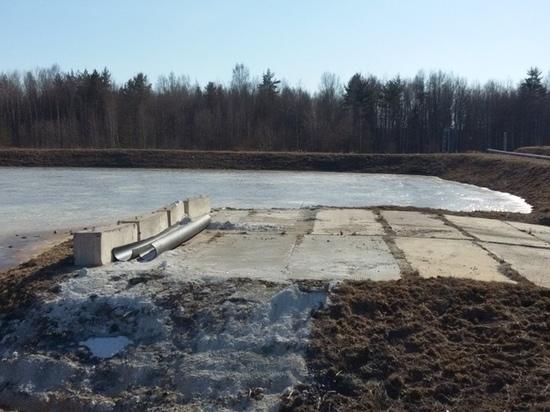 Отравленные озера «Красного Бора» могут выйти из берегов