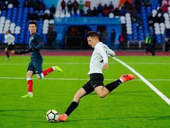 23-летний атакующий полузащитник ранее выступал за клубы из Якутии, Сибири и Сахалина