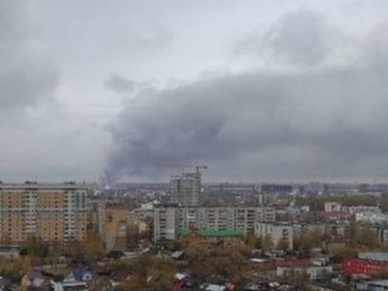 Пожар на улице Федосеенко тушили несколько часов