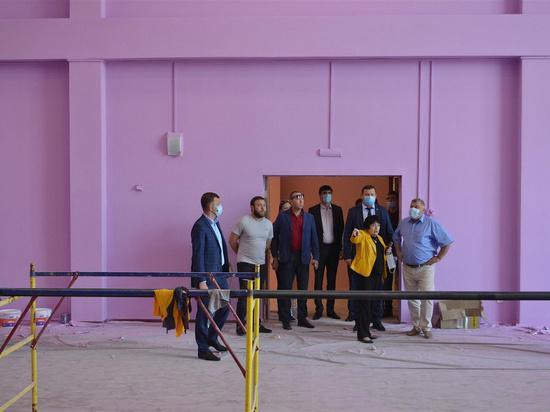 Профильный комитет ЗСК проверил, как идет строительство школ и детсадов в Краснодаре