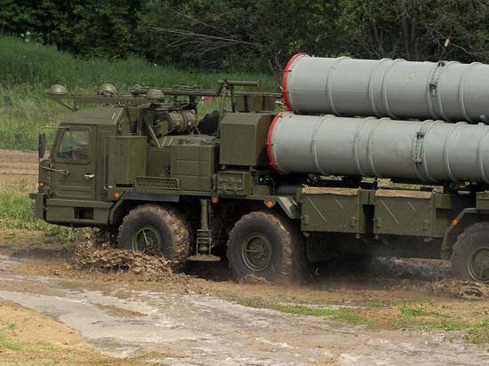 На Черном море проходят учения с использованием российских установок ПВО