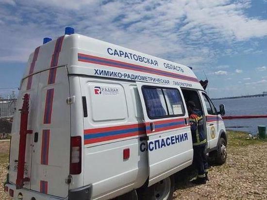Двое детей упали с четвертого этажа в Саратове, предположительно – их выбросила мать