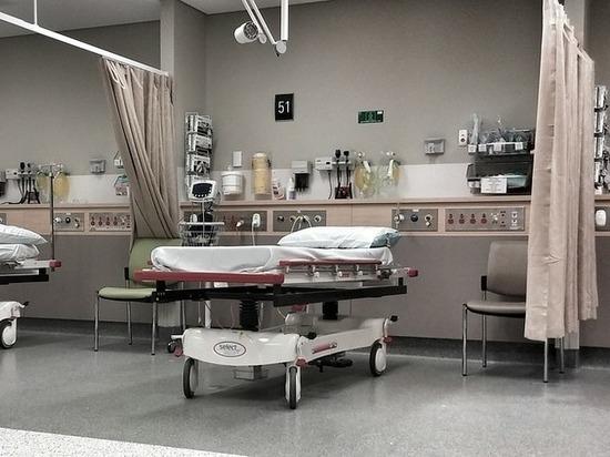 Названо количество свободных коек в Петербурге для пациентов с COVID-19