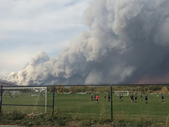 В штате Колорадо лесной пожар разгорелся на площади в 800 кв.м