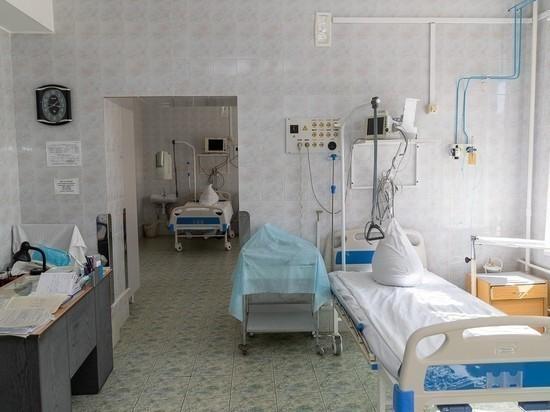 Псковский губернатор: Медики снова работают круглые сутки