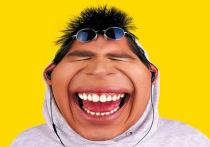 В холодную погоду маску даже круто носить на улице — это как шапка для губ