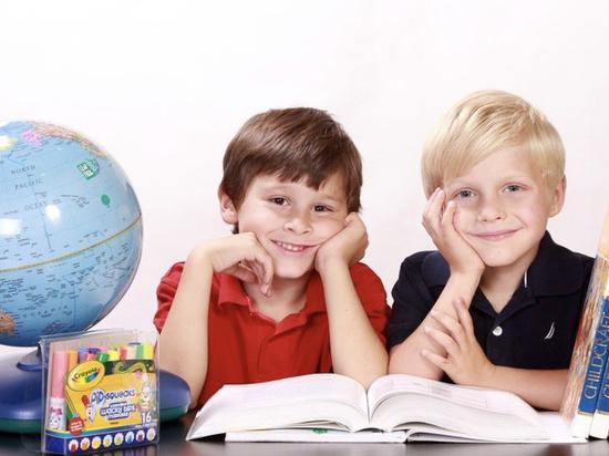 «Школьные» корректировки внесли в антивирусный указ псковского губернатора
