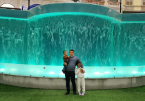 Подробности происшествия в торговом центре «Мегаполис» на проспекте Андропова, где коляска с двумя детьми свалилась с эскалатора, стали известны «МК»