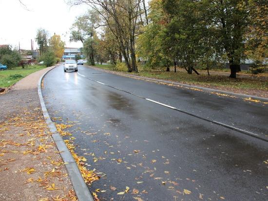 В Пскове отремонтировали улицу Петровскую