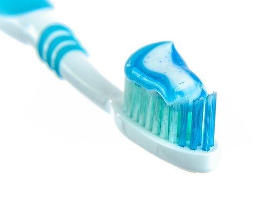 Неожиданный способ защиты от коронавируса назвал стоматолог