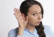 В числе новых симптомов COVID-19 оказались звон и шум в ушах