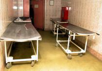 В единственном морге города Серова Свердловской области возник коллапс из-за резкого роста количества умерших