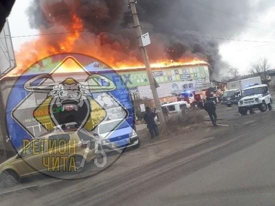Пожар на Острове в Чите начался в кафе
