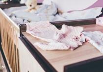 Женщина из Надыма «купила» у мошенников кровать и снова пришла к ним на шопинг