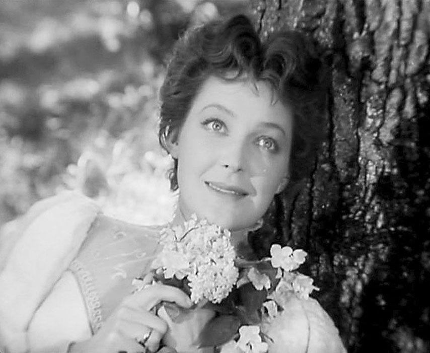 Небесная красота Ирины Скобцевой: кадры памяти умершей актрисы