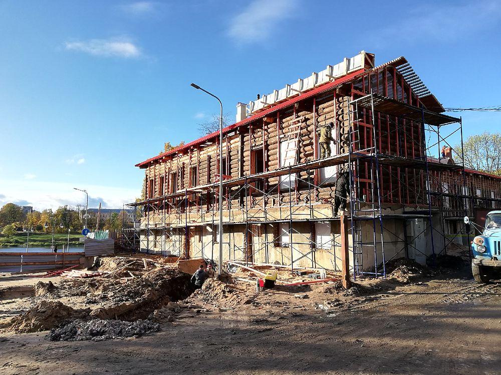 Новые красивые места и объекты появляются в Пскове
