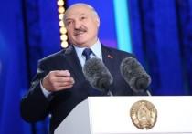 Президент Белоруссии Александр Лукашенко заявил, что ранее называл белорусских женщин не готовыми к посту главы государства вовсе не потому, что их не уважает