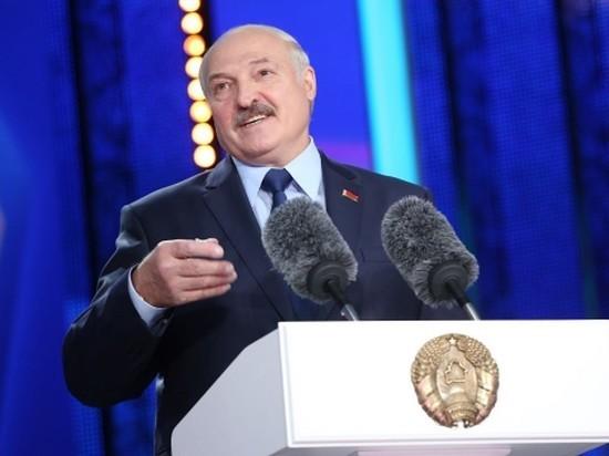 Лукашенко: не готов взвалить управление страной на плечи женщины