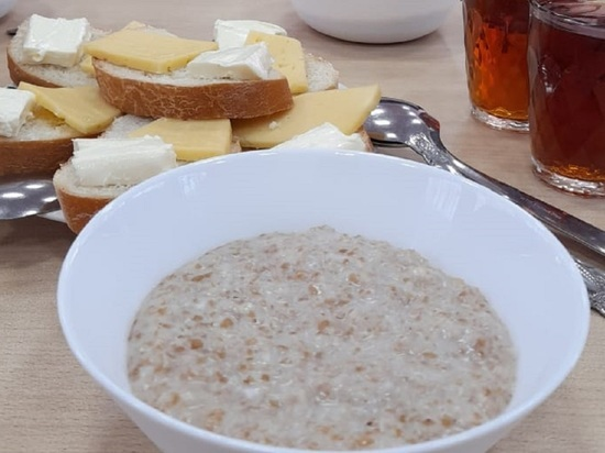 Разговор за завтраком с министром образования Максимом Костенко о школьном питании