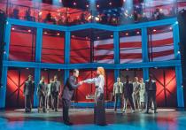В условиях частичного пандемического локдауна, когда что ни день, то новая отмена, штраф или ковид-скандал, состоявшаяся театральная премьера – само по себе событие