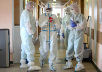 Российские медики рассказали о типичных ошибках, которые совершают люди в попытке вылечиться от коронавируса