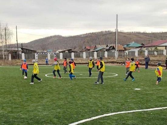 В Туиме построили мини-футбольное поле