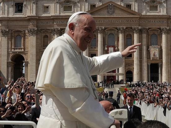 Папа Римский одобрил гомосексуальные браки