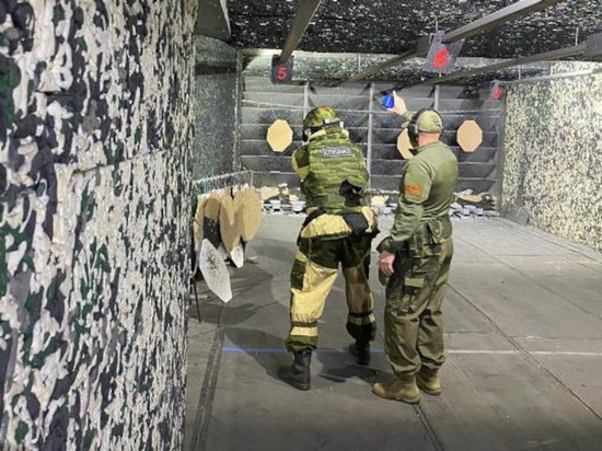 В Чувашии среди бойцов спецназа УФСИН прошел турнир по стрельбе