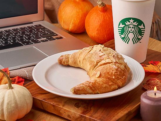 «Яндекс.Еда начала доставлять кофе и блюда из Starbucks»