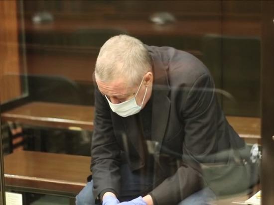 Жертва Ефремова Захаров не был пристегнут, заявила эксперт