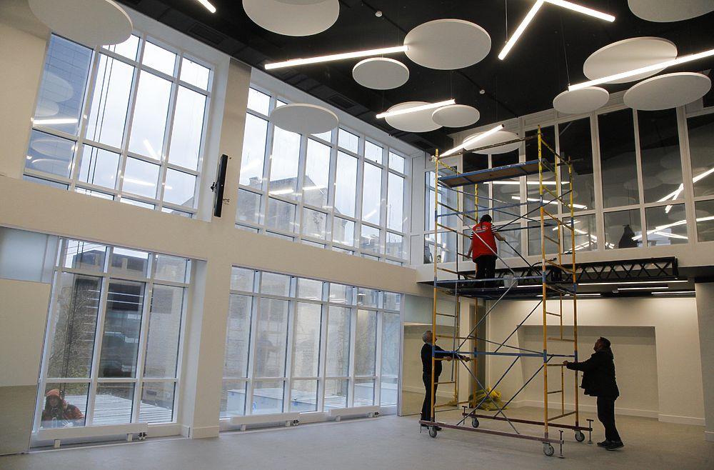 """Ректор """"Щуки"""" показал новый корпус института: удивил потолок"""