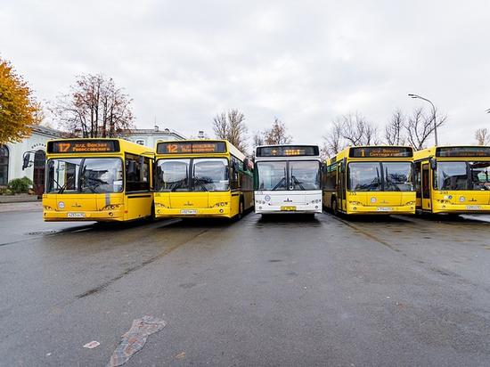 Автобусы более чем 25 маршрутов в Пскове изменят схему движения