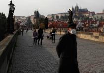 Коронавирусные ограничения в Европе могут обернуться массовыми народными волнениями