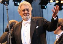 Великий испанский тенор Пласидо Доминго, на которого в последнее время свалилось много неприятностей - был обвинен в харрасменте, лишился ряда контрактов, а также недавно переболел  коронавирусом,  - накануне своего 80-летия приехал в Москву, где выступает в Большом театре