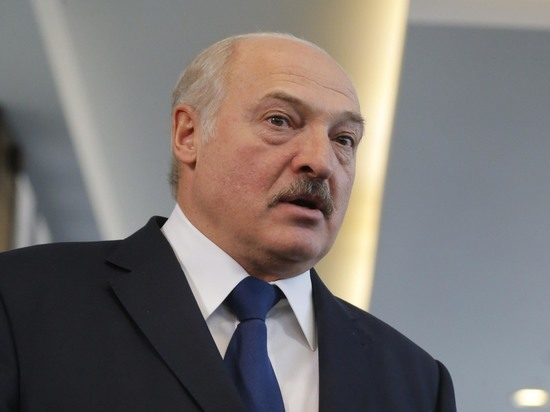 Лукашенко испугался взрывов на провластном митинге в Минске