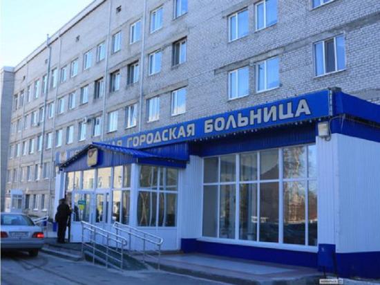 На территории Ноябрьской ЦГБ обустроят сквер в память умерших медработников