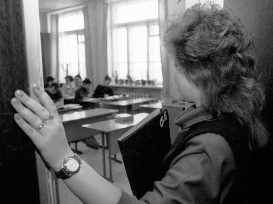 На изучение XX века школе выделили два года