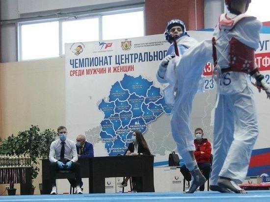 Рязанцы завоевали восемь медалей Чемпионата ЦФО по тхэквондо