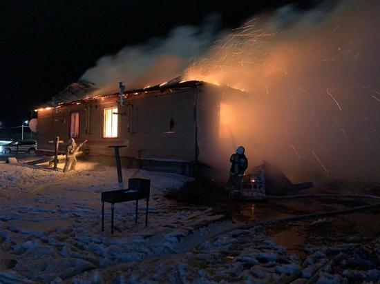На пожаре в Якутии погибли пять человек, включая четверых детей