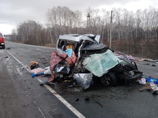 Двое детей погибли в ДТП с автобусом на трассе Новосибирск - Иркутск