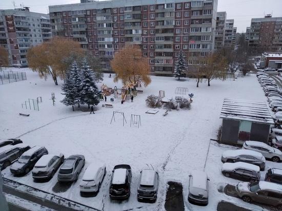 Весь снег Новосибирска выпал в субботу в Академгородке
