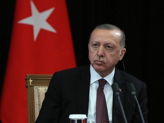 Эрдоган назвал Макрона психом из-за высказываний про ислам
