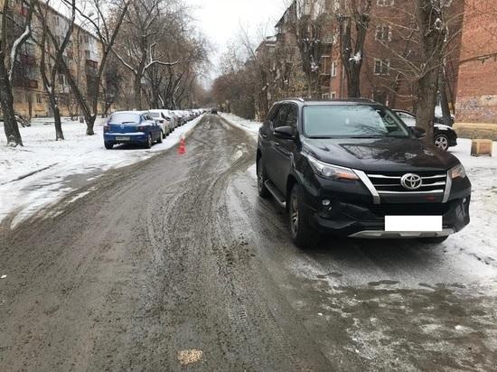 Ребенок попал под машину на глазах матери в Екатеринбурге