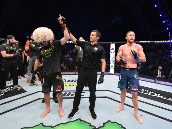Нурмагомедов объявил о завершении карьеры после боя с Гэтжи