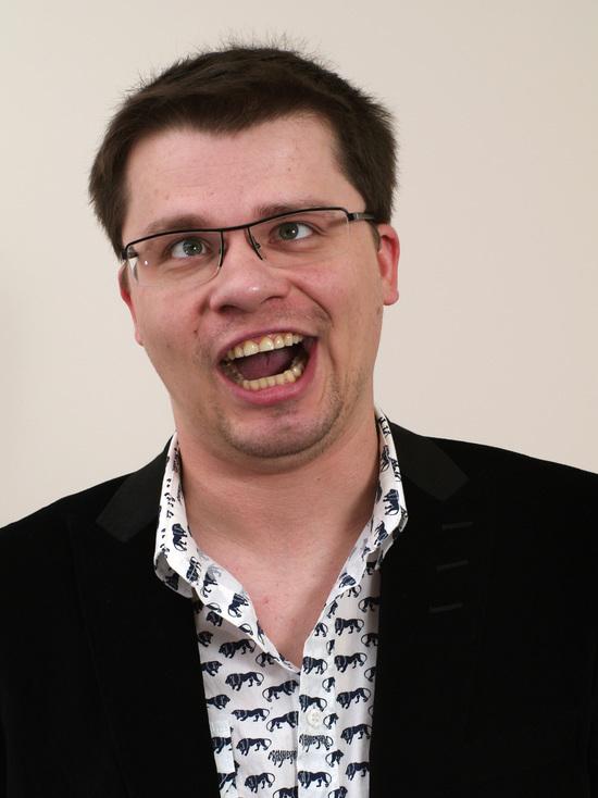 """Гарик Харламов предложил переименовать передачу """"Давай поженимся!"""""""